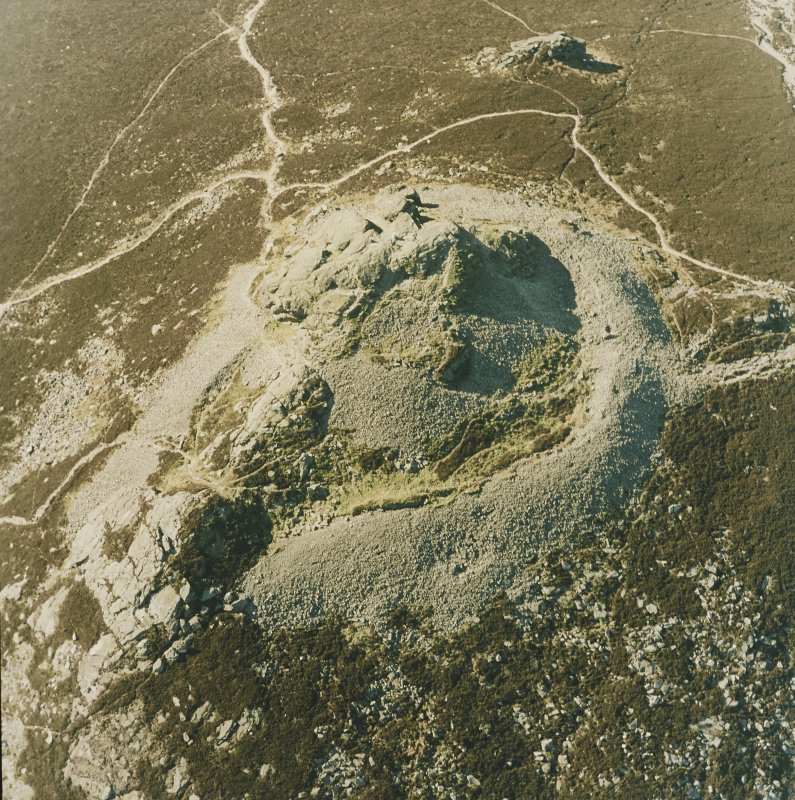 Oblique aerial view centred on the remains of the fort, taken from the SSE.