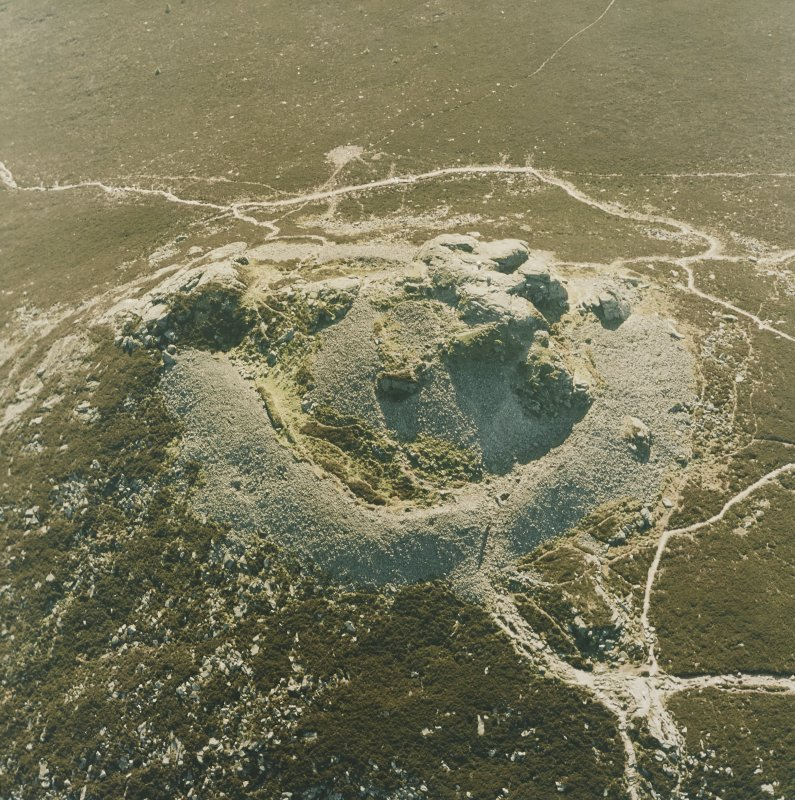 Oblique aerial view centred on the remains of the fort, taken from the E.