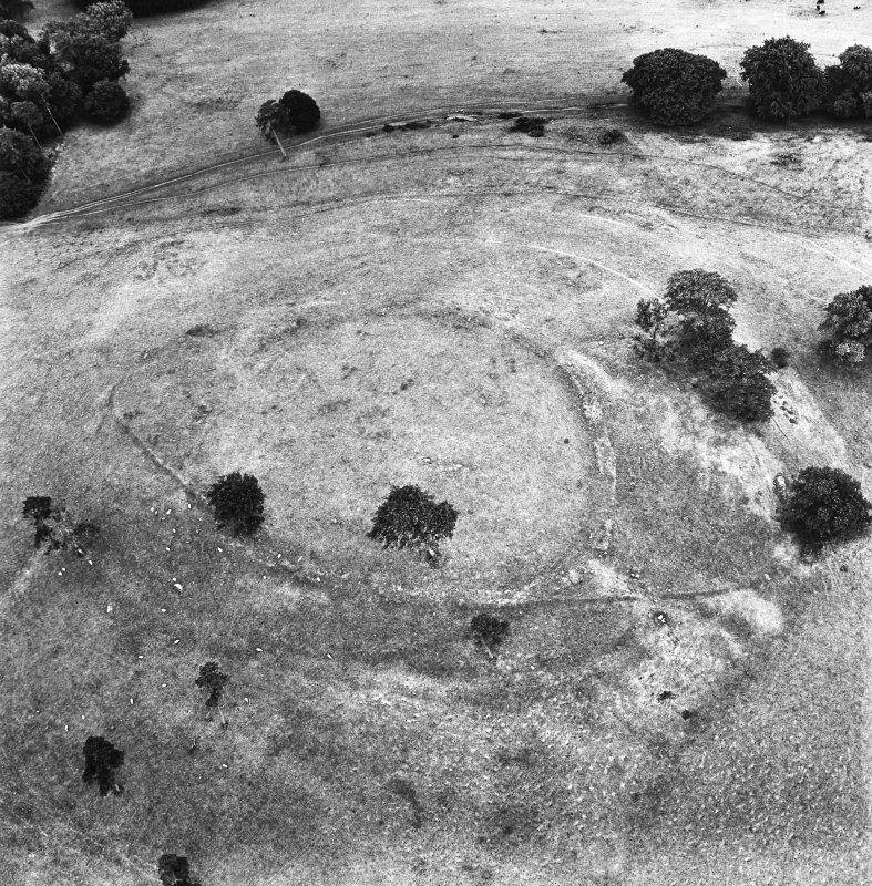 Dron Hill, oblique aerial view, taken from the NW, centred on a fort and plantation bank.