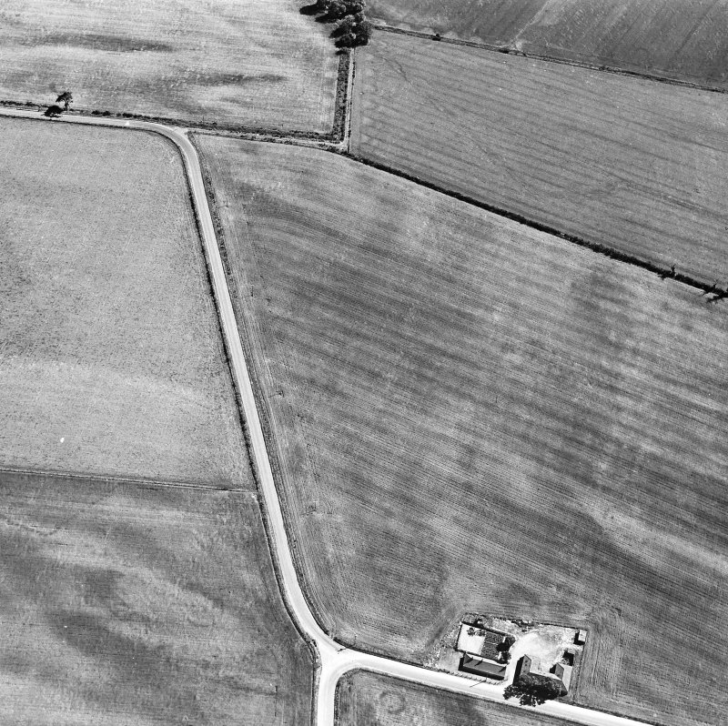 Oblique aerial view (copy stored with MS/1018 - excavation archive).