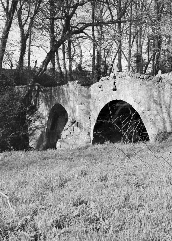 General view of Old Bridge of Dean.