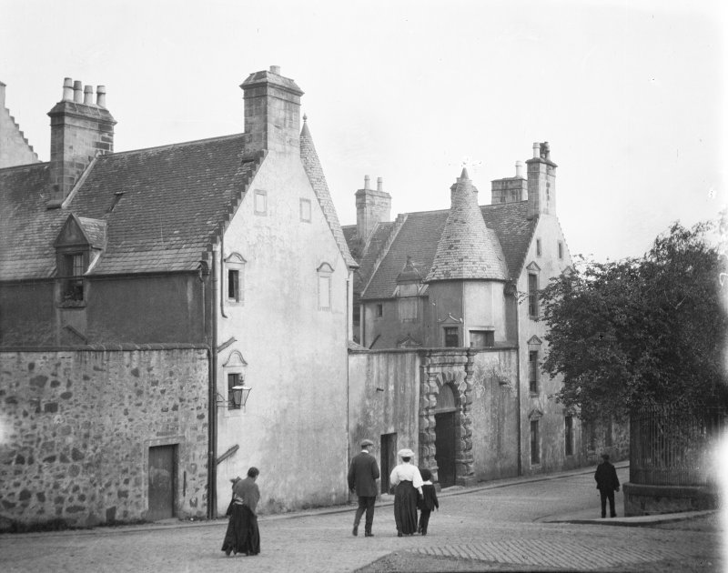 General view of Argyll's Lodging, Stirling.