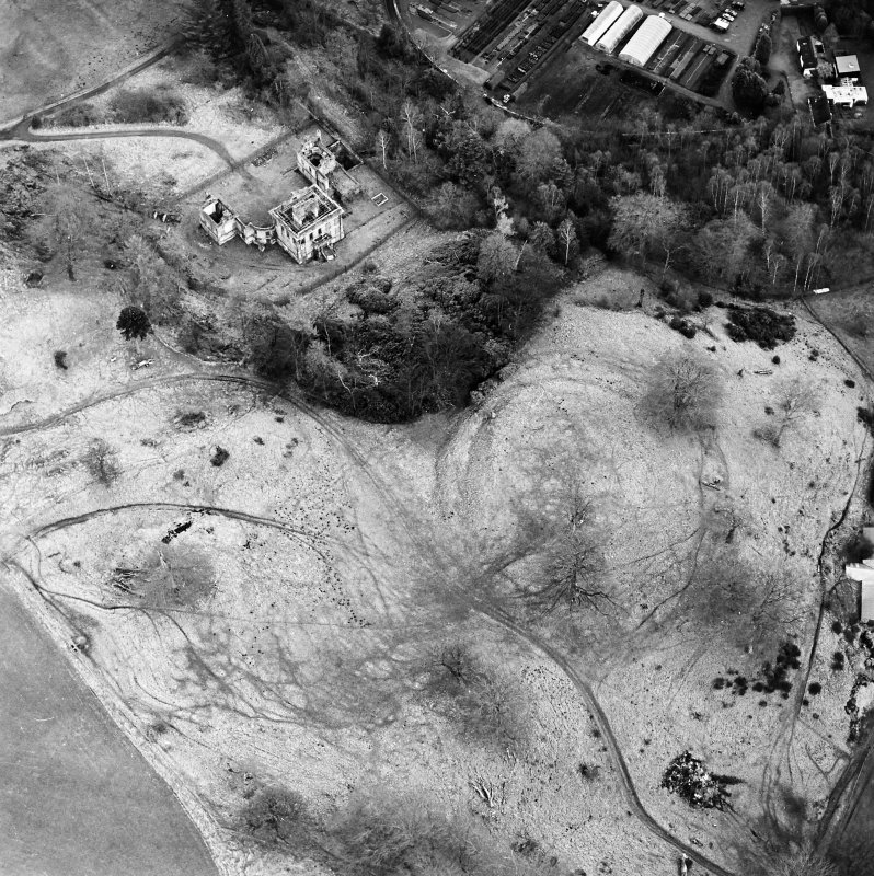 Oblique aerial view of Mavisbank House centred on the country house and earthwork, taken from the W.