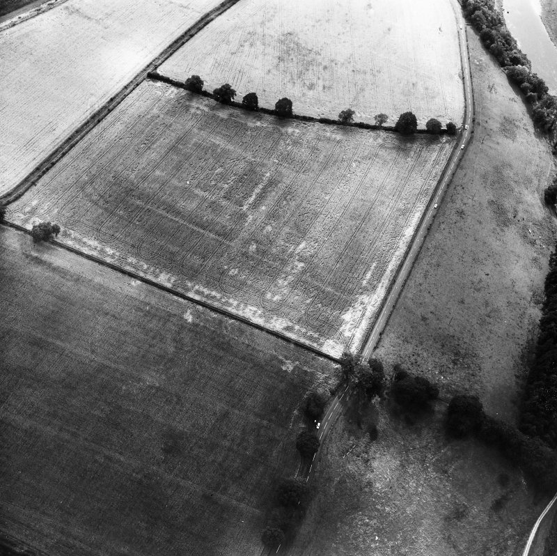 Newstead, Roman fort: RCAHMS air photograph showing annexe (NT 571 343)