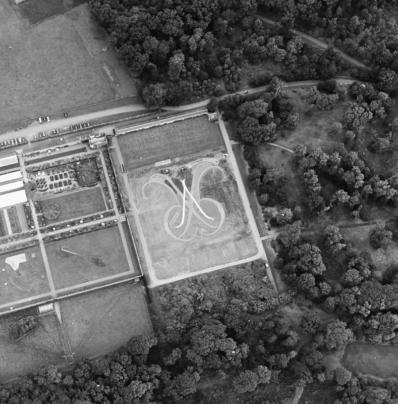 Oblique aerial view of Floors Castle, Formal Garden centred on the formal garden, taken from the SE.