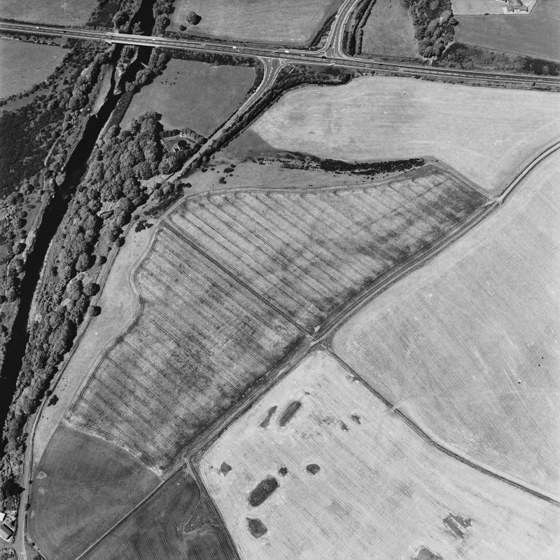 Glenluce Roman Temporary Camp, oblique aerial view, taken fom the S.
