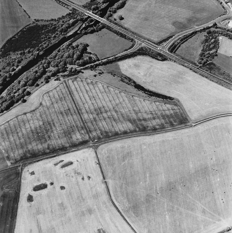 Glenluce Roman Temporary Camp, oblique aerial view, taken fom the SE.