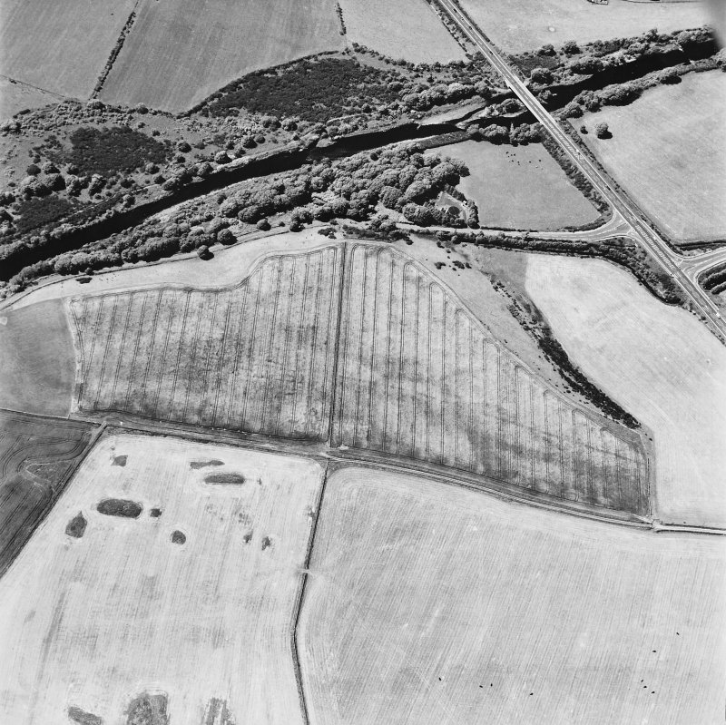 Glenluce Roman Temporary Camp, oblique aerial view, taken fom the ESE.