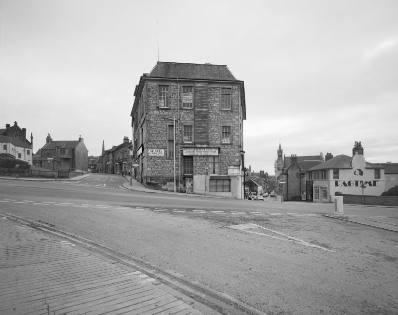 Dunfermline. General view from North of Carnegie Drive, Bruce Street & Chapel Street