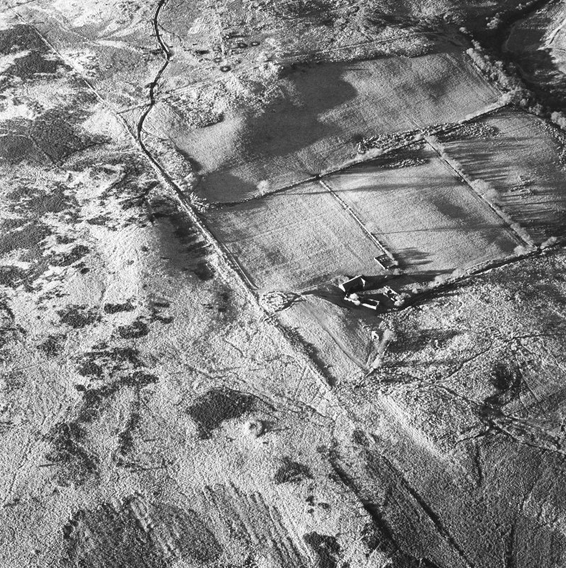 Machrie Moor and Moss Farm, oblique aerial view, centred on stone circle 5.