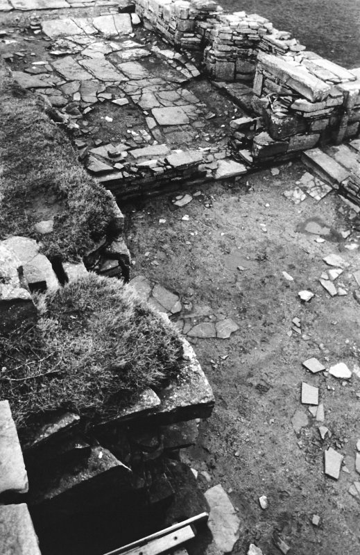 Excavation photograph : south range - room 3 and 4 from south-east.