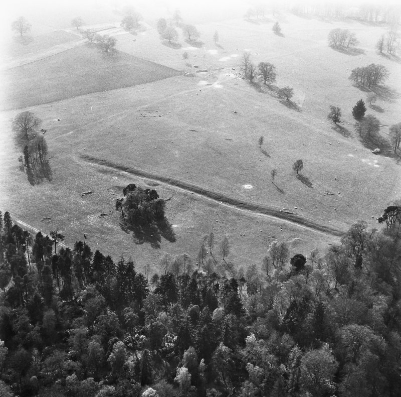 Aerial view showing Roman Fortress at Inchtuthil, Perthshire