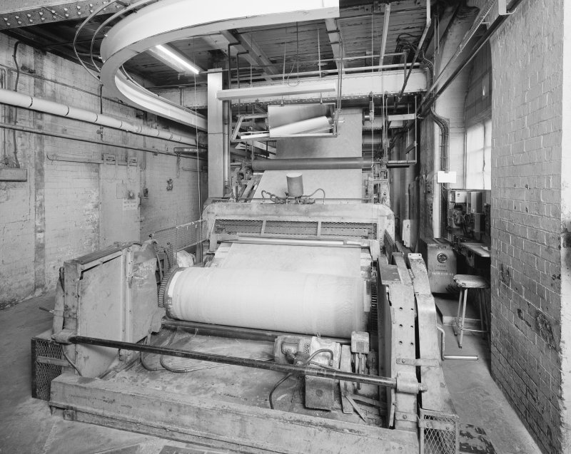 Kirkcaldy. Nairn's Linoleum works. Bearing out - linoleum is collected into rolls and sent to packaging and dispatch Department