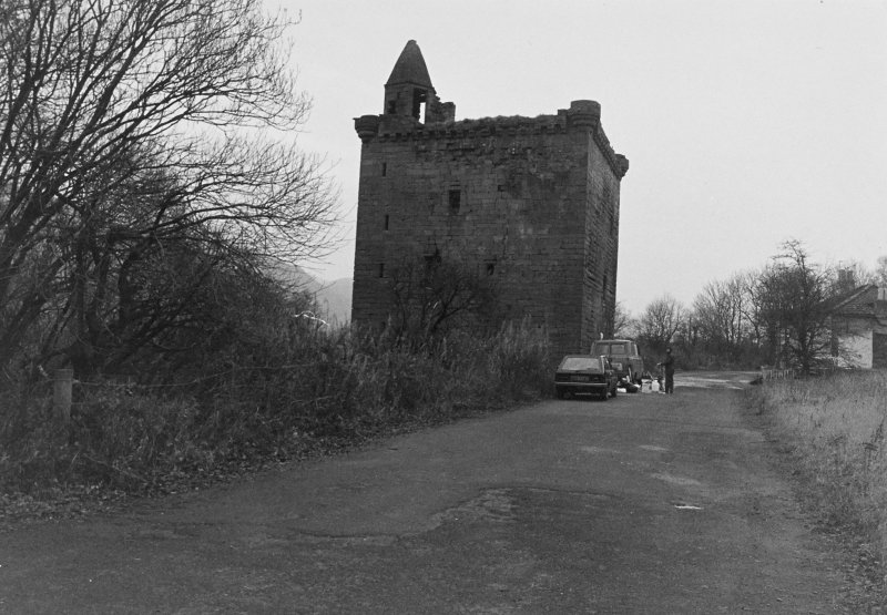 Excavation archive: Sauchie Tower and approach road. From W.