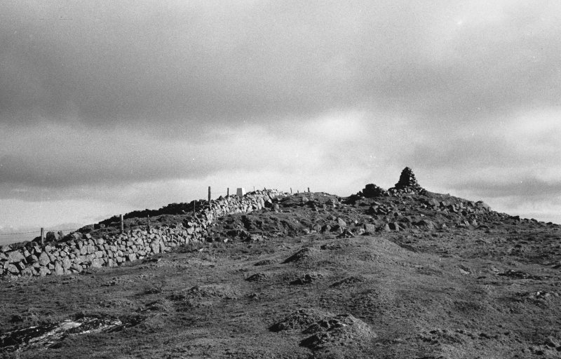 Tiree, Dun Mor A'Chaolais, broch. General view of summit.