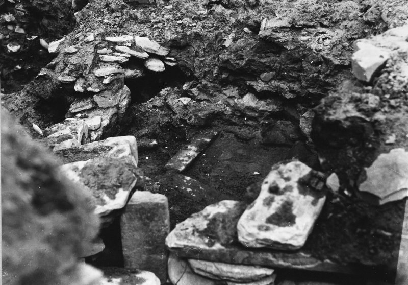 Excavation Photograph: Hut 6 (1) Looking N. pl.xxiii.1.