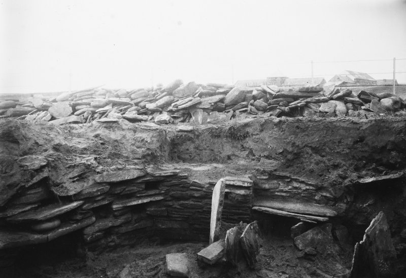 Excavation Photograph: House 7, temporary structures in sand. pl.xxxii.2.