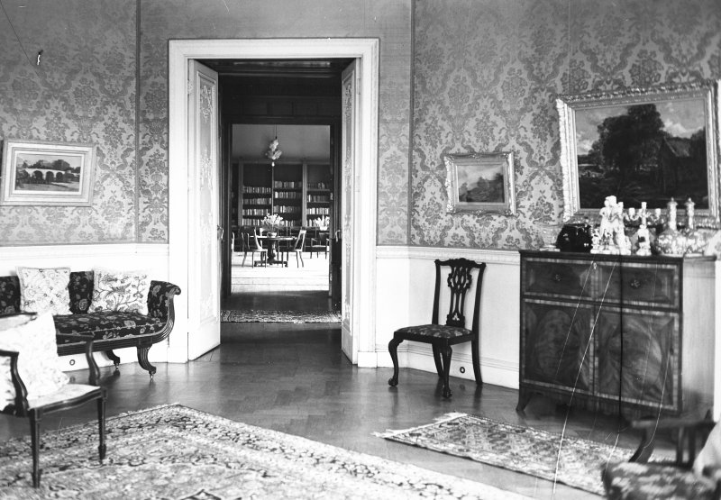 Minto House, interior View from drawing room into library