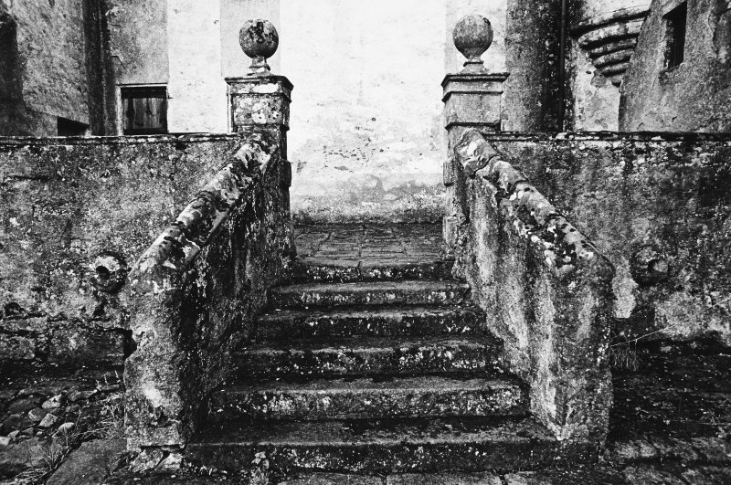 Detail of steps.