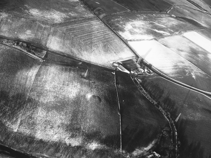 Castle Hill, Inverugie: aerial photograph
