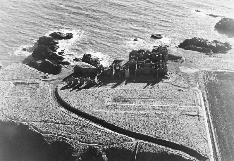 Oblique aerial photograph of Slains Castle, taken from the NW.