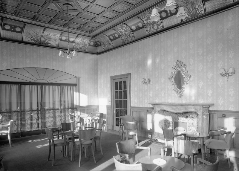Interior view of Cairndhu Hotel, Helensburgh, showing drawing room.