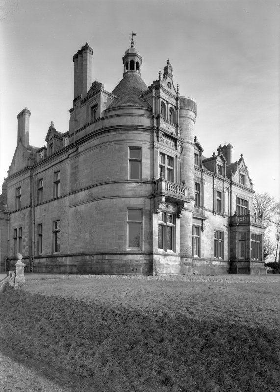 General view of Cairndhu Hotel, Helensburgh, from south west.