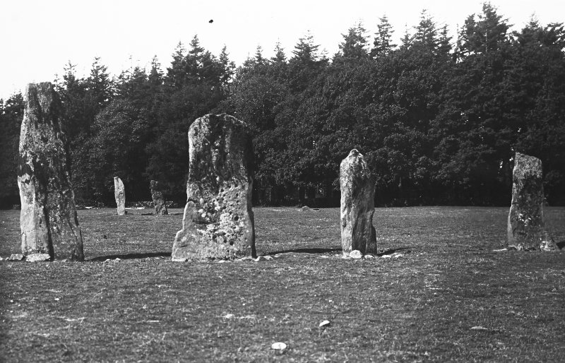 (poss contemp. with PSAS 1929-30, found in same box of negs as Temple                                                         Wood (AG/7977-8) and Nether Largie(AG/8022-4)