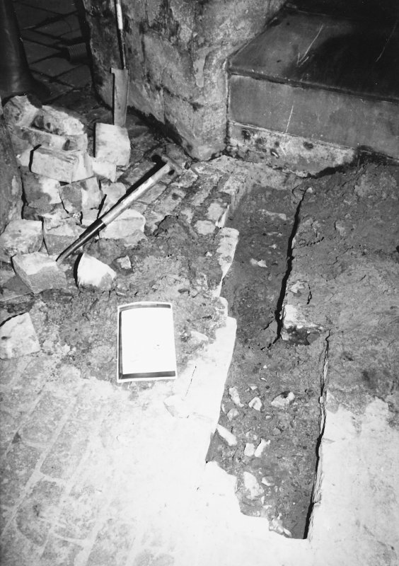 Excavation photograph - Excavation within The Pends - from S