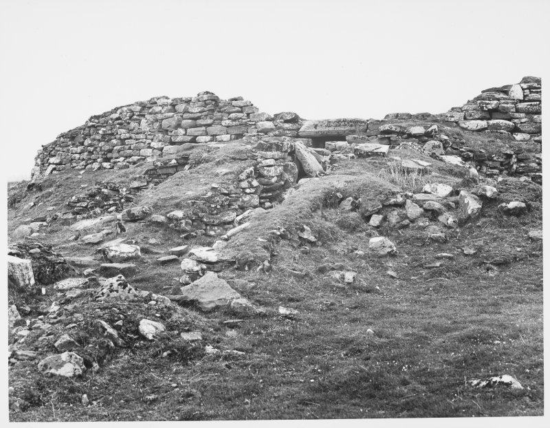 Carn Liath Broch, Dunrobin, Sutherlan, Survey of Masonary, exteriors and interiors