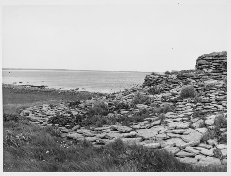 Quoyness Cairn Orkney exteriors