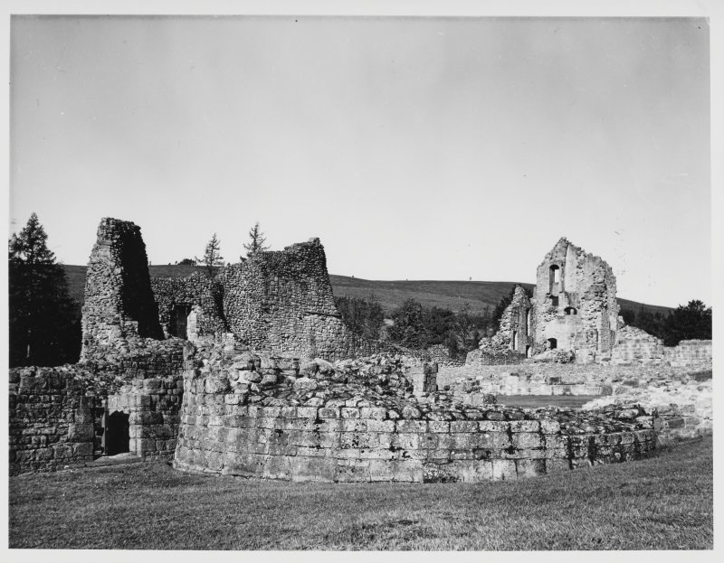 Kildrummy Castle General Views