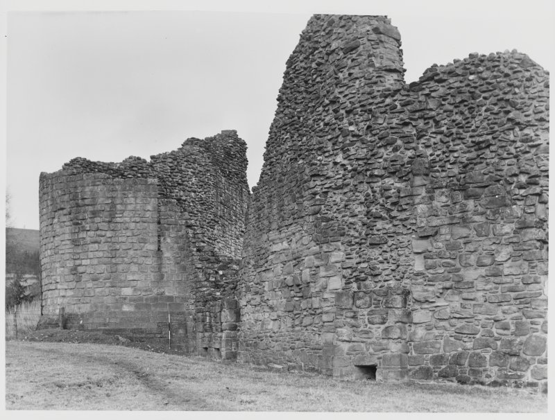 Kildrummy Castle Aerial View & Excavations