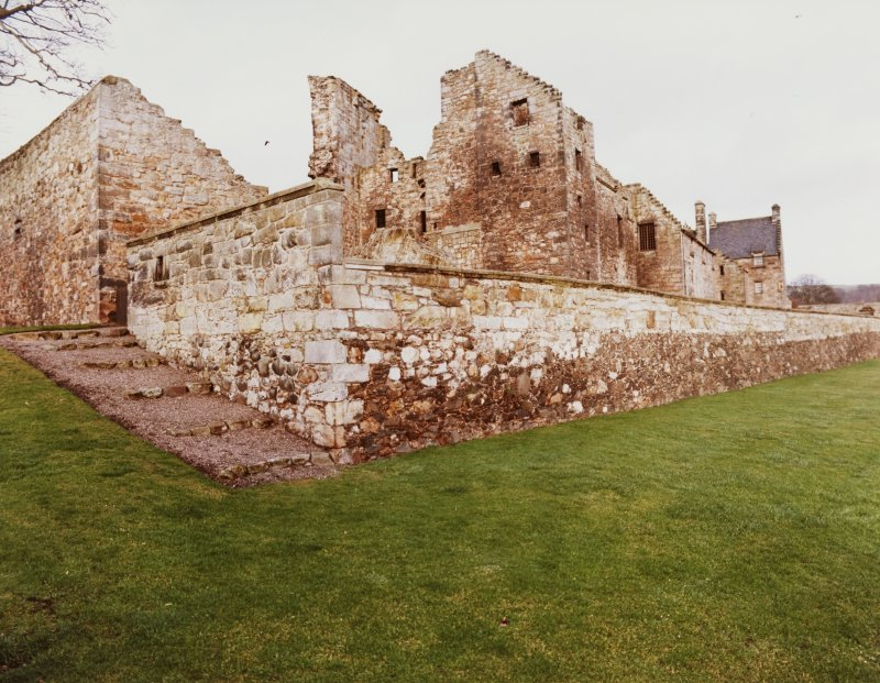 Aberdour Castle and Lodge House/Terrace Garden, General Views