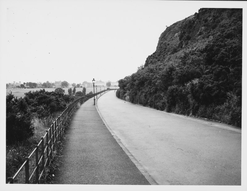 Holyrood Park Queens Drive-Meadowbank to Duddingston Drive