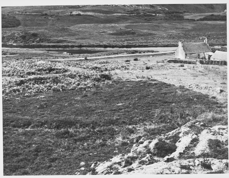 Coillen Aborgie Long Cairn, Bettyhill Sutherland. Views Showing Damage