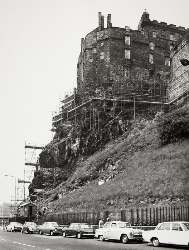 Edinburgh Castle Scaffolding