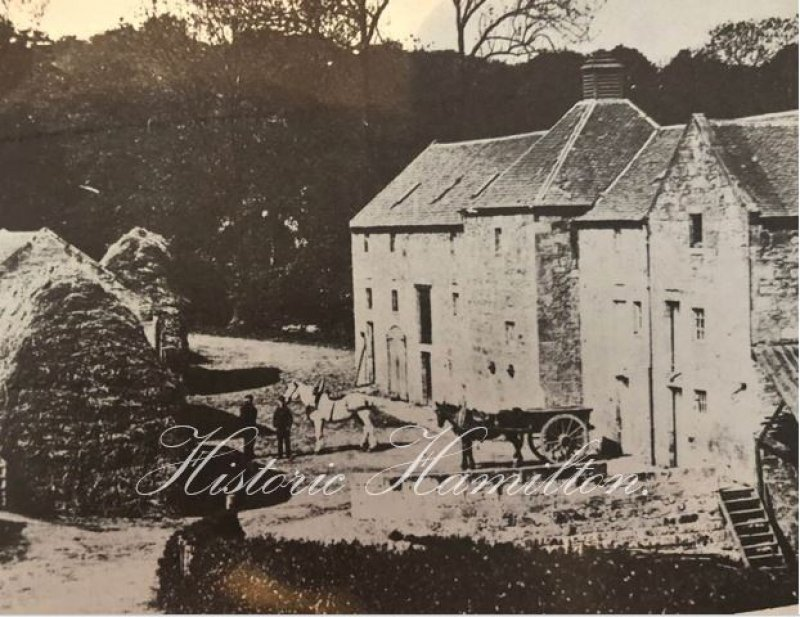 A picture of the Old Avon Mill when it was still in working order.