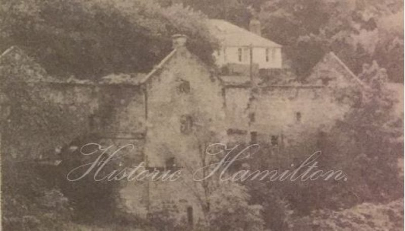 The former Old Avon Mill. This picture was taken before it was demolished in the 1990s.