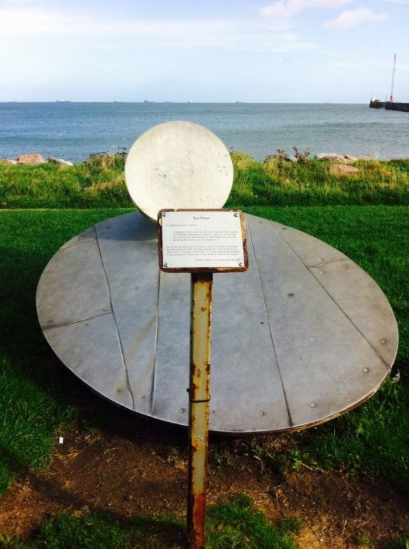4/10/17- Known locally as the 'egg on a plate' this sculpture was moved to the current position overlooking Footdee Beach.